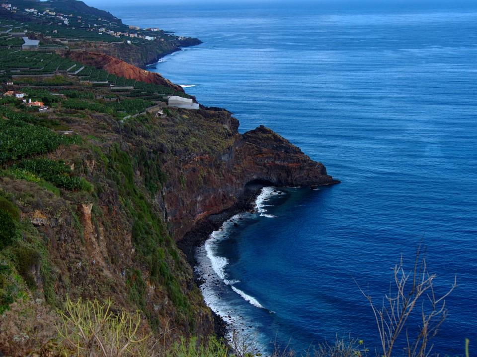 Excellent views of the sea cliffs