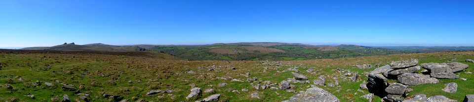 <p>Dartmoor Panorama, How many of the Tors and places can you identify? Click on the image to see a large panorama with icons marking the main Tors.</p> <p>Note these large panoramas can take several seconds to load</p>