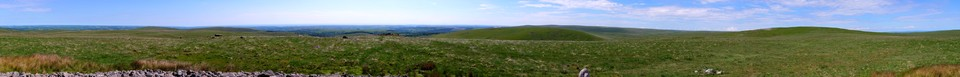 Dartmoor Panorama: Wide open spaces. The view from the Cairn on Sharp Tor