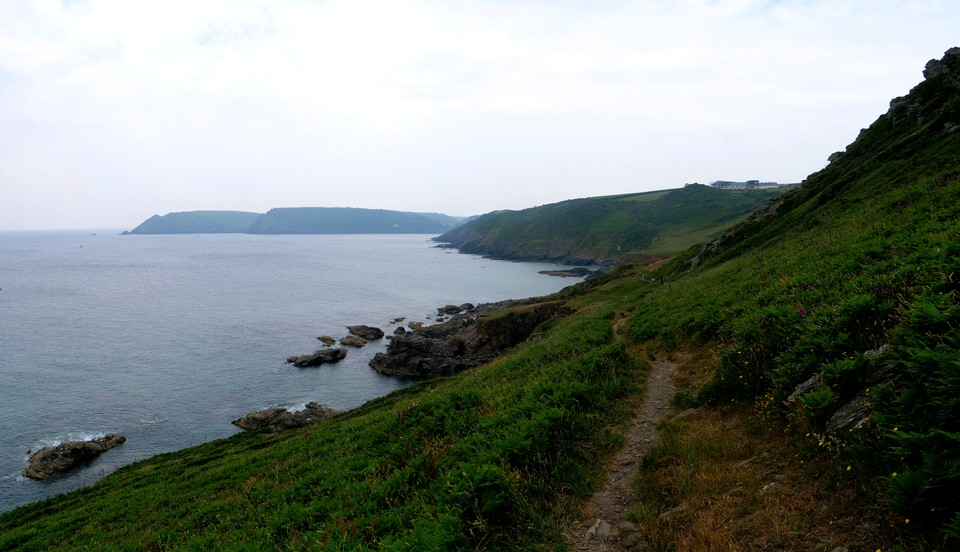 Panorama South West Coast path: at Deckler's Cliff with Gara Rock ahead.