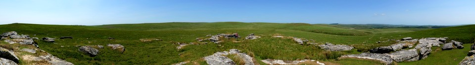 Panorama from Lower White Tor. If you zoom in you can see Brown's House in about the middle of the image