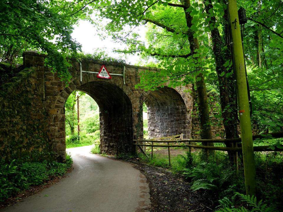 Double arched railway bridge jsut south of Knowle