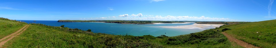 Approaching Stepper Point, Padstow Bay. On the far side is Trebetherick Point, then looking back up the River Camel