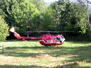 2003-09-24-15-08-40_accident-walk-007_devon-air-ambulance-rescue.jpg  devon air ambulance rescue