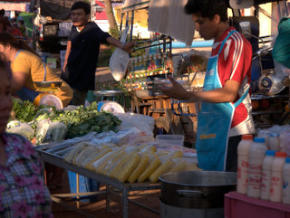2012-12-20-10-48-13_p1090536_kumphawapi-night-market.jpg  Kumphawapi Night Market is a big second hand clothes market that takes place every Thursday evening just north of the river bridge.