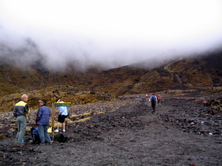 dh000047.jpg  Walking in New Zealand: Tongariro Crossing
