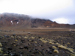 dh000059.jpg  Walking in New Zealand: Tongariro Crossing