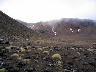 dh000060.jpg  Walking in New Zealand: Tongariro Crossing