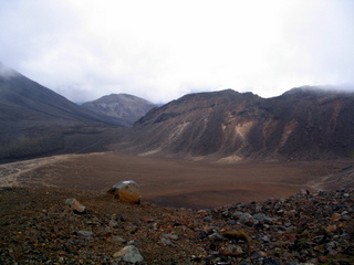 dh000071.jpg  Walking in New Zealand: Tongariro Crossing