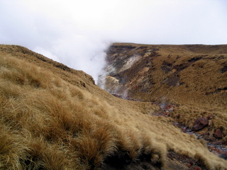 dh000099.jpg  Walking in New Zealand: Tongariro Crossing
