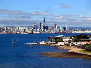 img-5265.jpg  This view of the city is from the top of North head, Devonport.