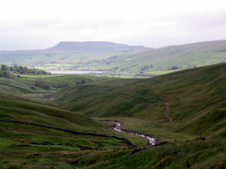 walk-holiday-hawes-june-05-006.jpg