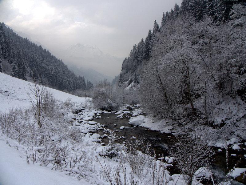 Austria_Mayrhofen_Zillergrund_Path_walking_2010-01-08 Austria_Mayrhofen_Zillergrund_Path_walking_2010-01-08