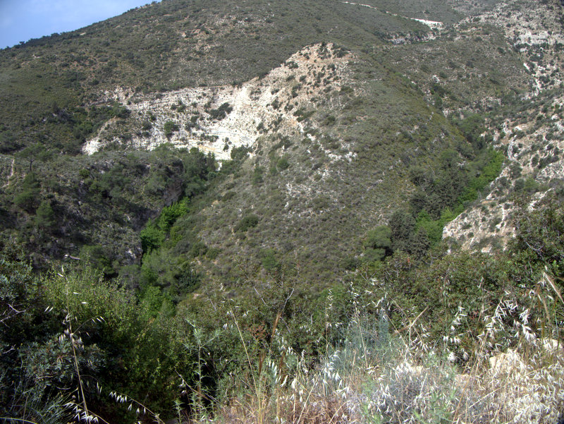 Alekhtora to Khapotami Gorge, Walking Cyprus.  Alekhtora Khapotami Gorge Kato Arkhimandrita 2010-04-30