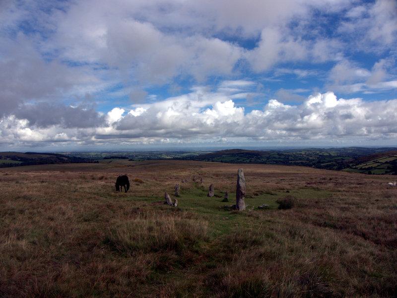 Stone row, Hurston Ridge, Chagford Common, Dartmoor.  Kings Oven Metherall Hurston Lettaford West Coombe Hookney Tor 2010-09-08