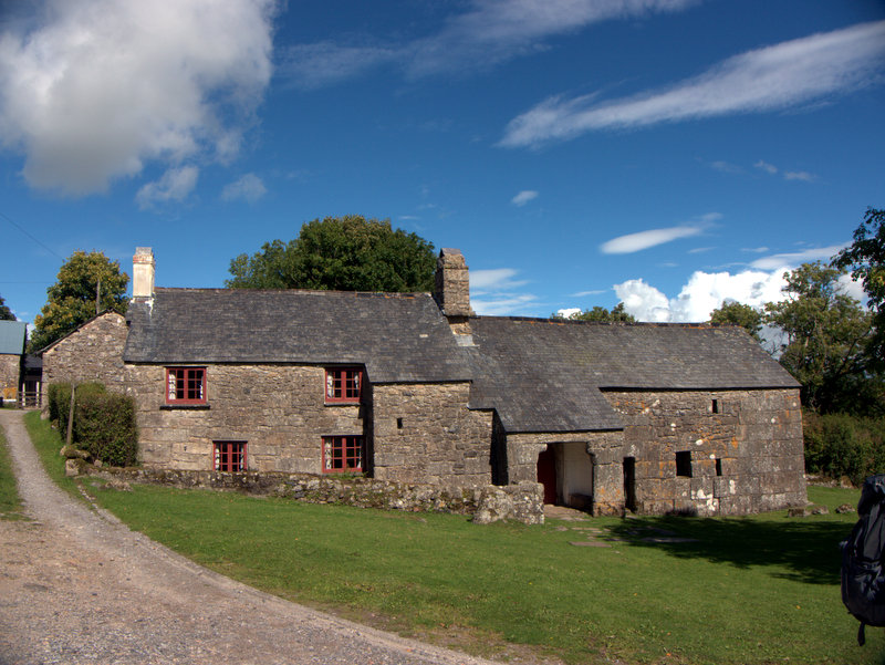 Sanders, Lettaford, Long House with superb masonary, Dartmoor  Kings Oven Metherall Hurston Lettaford West Coombe Hookney Tor 2010-09-08